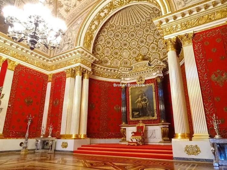 108 salle du trone 194
